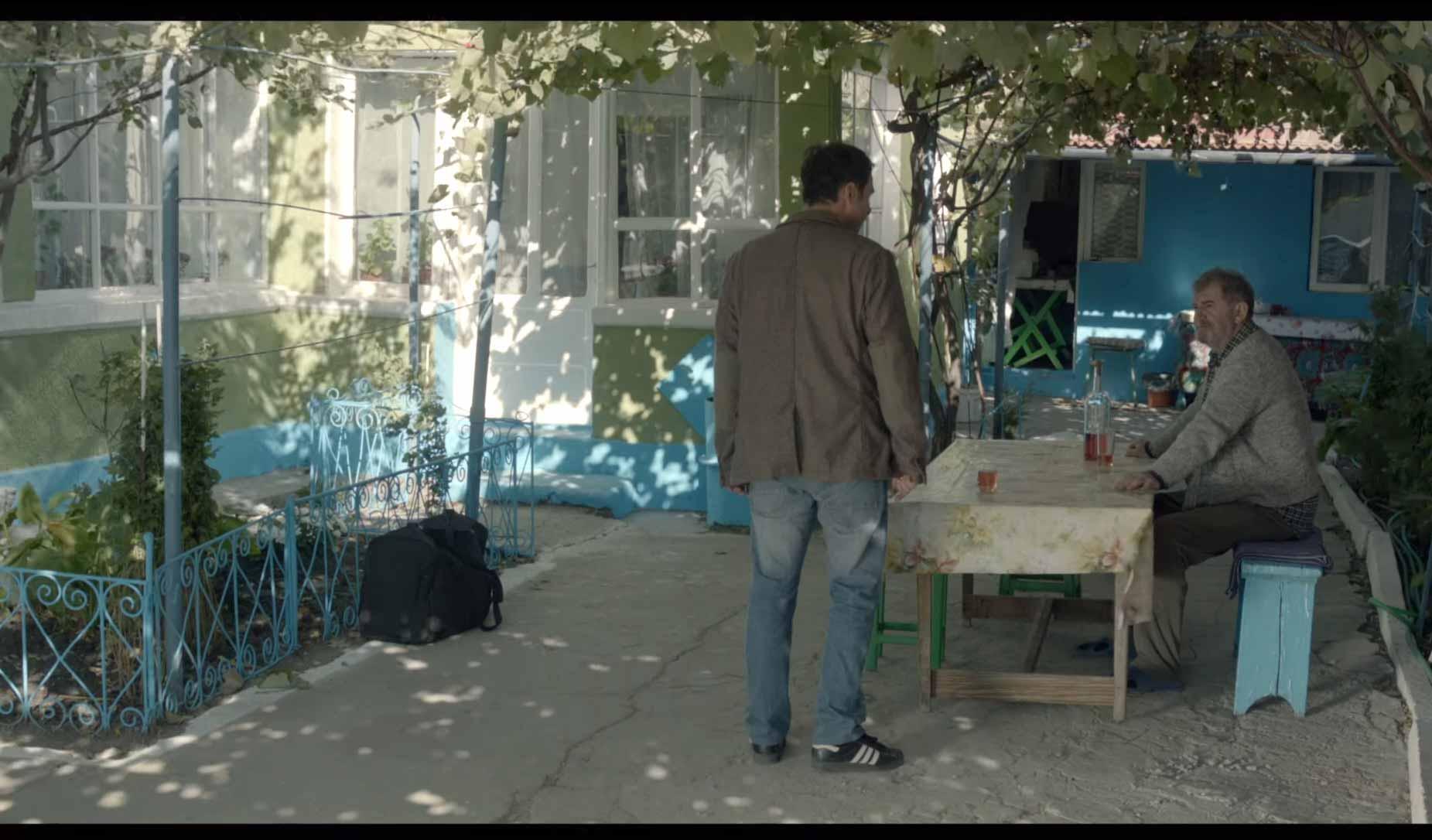 Acasa la tata de Andrei Cohn - 2015