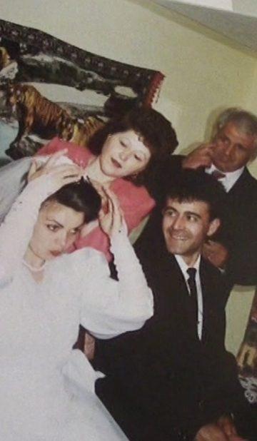 Familia mea, pe scurt de Elena Borcea - CINEPUB
