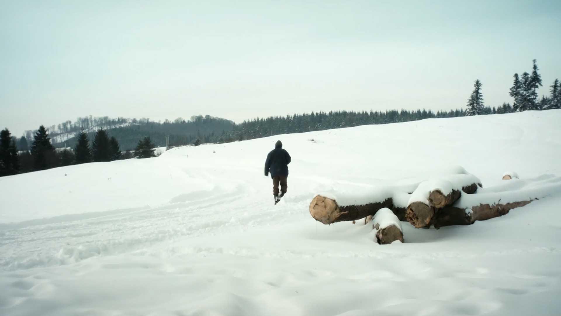 Alb-scurtmetraj-Paul-Cioran-CINEPUB